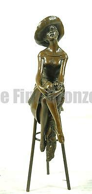 Signed: D.H.Chiparus, Bronze Girl On Stool Statue At The Bar • 111.12£