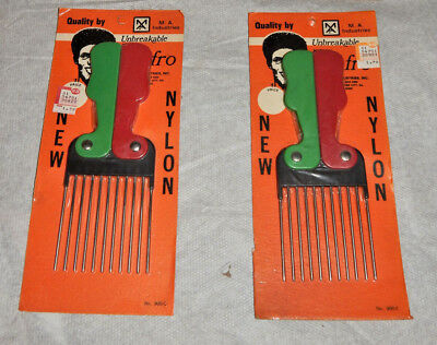 $29.75 • Buy  (2) Vintage Old School Nylon/Steel Green/Red Folding Pocket Afro Pick Comb