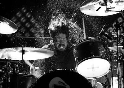 Dave Grohl Foo Fighters On Drums Cc1 Poster Art Print - A4 A3 A2 A1 A0 • 8.99£