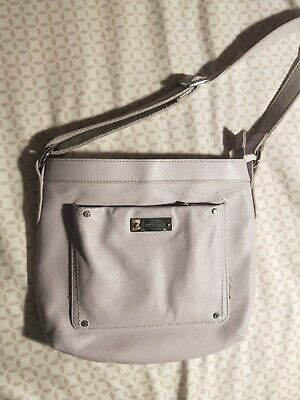 $ CDN25 • Buy Danier Purse Geniune Leather Used Lightly