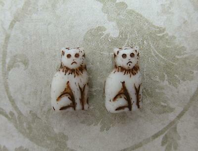 Glass Cat Beads Antiqued Ivory 15mm Sitting Cat Engraved Czech Glass Animal 12pc • 3.64£
