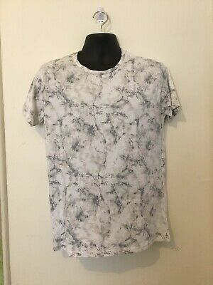 AU10 • Buy Pull And Bear Men's T Shirt Eu Size Large 50cm Armpit To Armpit. Grey And White.