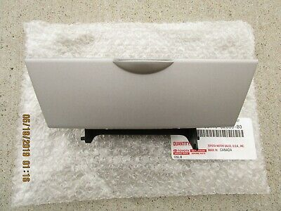 $103.63 • Buy 03 -08 Toyota Corolla Dash Instrument Climate Control Lower Panel Box Silver New