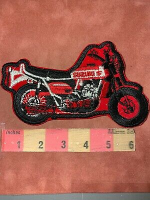 $6.50 • Buy Vtg RED SUZUKI MOTORCYCLE PATCH (circa 1970s / 1980s) AS-IS ROUGH CONDITION 00N3