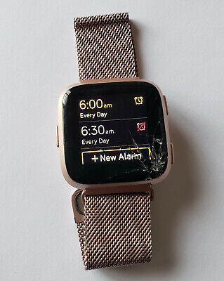 $ CDN38.26 • Buy Fitbit Versa Smartwatch - Rose Gold Case & Metal Band With CRACKED GLASS - Read