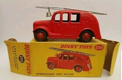 Vintage Dinky 250 Streamlined Fire Engine With Original Box • 67.64£