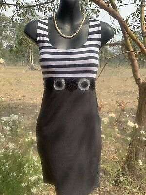 AU24 • Buy Y London Sz10 Black And White Little Dress