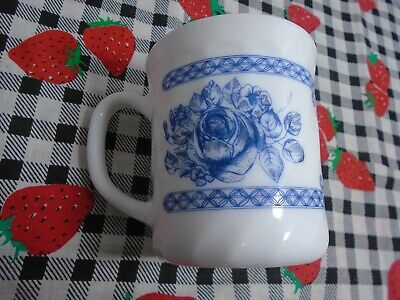 8-Arcopal France Honorine White With Blue Floral Design Coffee Cups Pre-owned • 20$