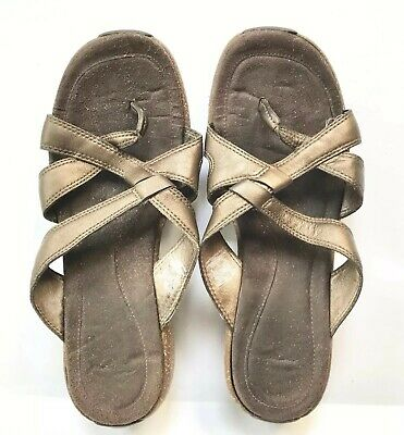 $9.59 • Buy Merrell Sundial Cross Womens Antique Brass Sandals Size 8 Brown Leather Metallic
