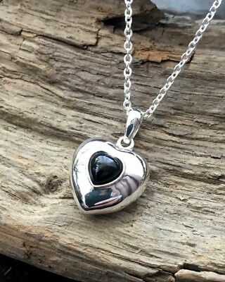 Puffed Sterling Silver & Whitby Jet Heart Pendant & Chain • 42£