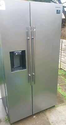 View Details Samsung RS67N8210S9 91cm Frost Free American Fridge Freezer RRP:£1100  • 550.00£