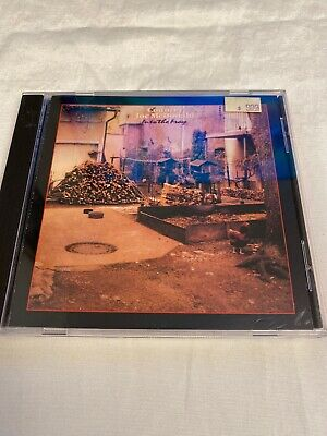 COUNTRY JOE MCDONALD - Into Fray - CD - **Excellent Condition** • 5.66£