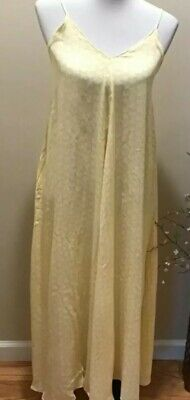 $25 • Buy ZARA Spring And Summer Dress Size XS New WithTags