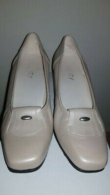 Ladies Court Shoes ''Equity'', Made In England,Size UK 5 • 9£
