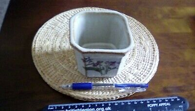 £5 • Buy Vintage Grayshott Pottery Stoneware Square Footed Planter 7cm High 9cms Square.