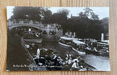 Boulters Lock Maidenhead Real Photographic Postcard • 3£