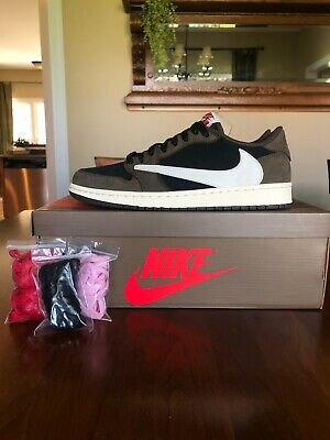 $560 • Buy Air Jordan 1 Low Travis Scott Size 10 PADS
