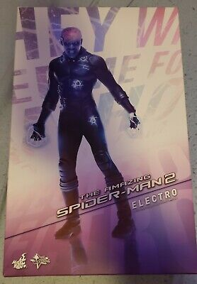 $ CDN165 • Buy Hot Toys - The Amazing Spider-Man 2 - Electro (USED)