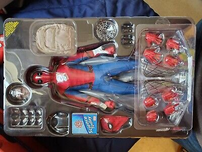 $300 • Buy Hot Toys Spiderman Homecoming (Opened Once, All Accessories, Good Condition)