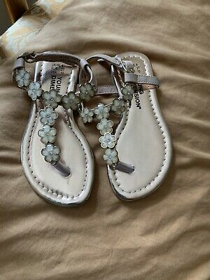 Girls Gold And Cream Flowered Sandals Size 9 Next Day Dispatch • 7.49£