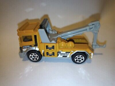 Urban Tow Truck Wrecker Recovery Emergency Service Matchbox Die-cast Vehicle Toy • 6.99£