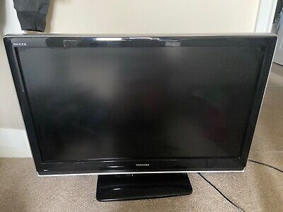 Toshiba Regza Tv And Remote. 41inch Also Rotates On Stand. • 110£