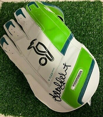 AU399 • Buy Adam Gilchrist (Australia) Signed 1500 Kookaburra Wicket Keeping Glove + COA