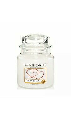 Yankee Candle  Snow In Love  Jar Candle - White 411g • 14£