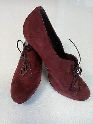 AU32 • Buy AS NEW Burgundy Suede Lace Up Heels NINE WEST Size 7.5 M