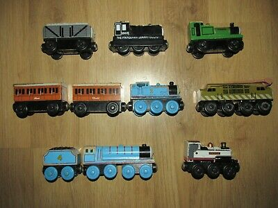 Thomas & Friend's Wooden Train's Thomas With Annie & Clarabel, Diesel 10 & More • 35£