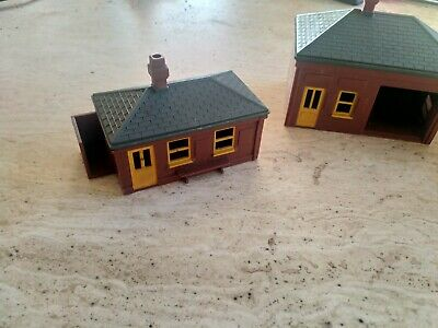 Triang Trains Station Buildings • 25£