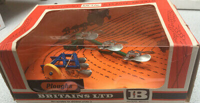 Britains  Ploughs Farm Implements Straw Box 1/32 Scale • 25£