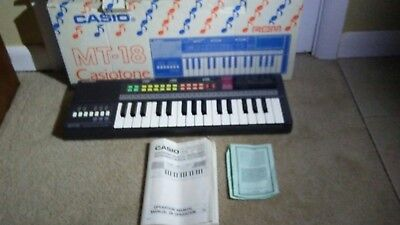 $54.99 • Buy Casio Casiotone MT-18 Electronic Keyboard & RO-551 World Songs On ROM Pack Japan