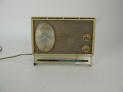 $ CDN35.52 • Buy Vintage Sears Silvertone Instant Sound Radio AM/Clock Working <<<WATCH VIDEO>>>