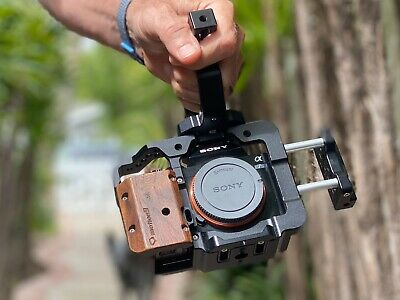 $ CDN583.81 • Buy Sony Alpha A7S Mirrorless Camera Body And Cage - Excellent Condition!