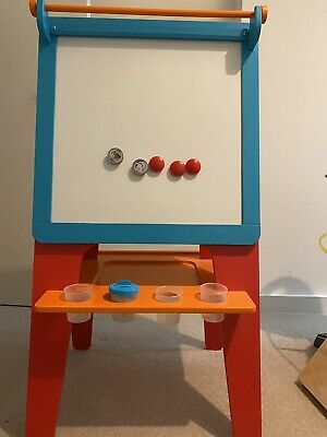 Double Sided Wooden Easel • 25£