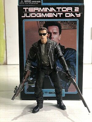 NECA TERMINATOR 2 T-800 7  ULTIMATE ACTION FIGURE Rare Collectable Pose Able • 30£