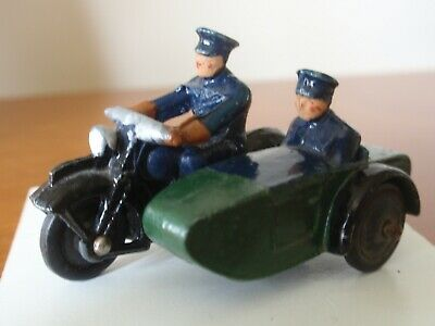 DINKY TOY 42b POLICE MOTORCYCLE AND RIDER  BY MECCANO • 10.50£