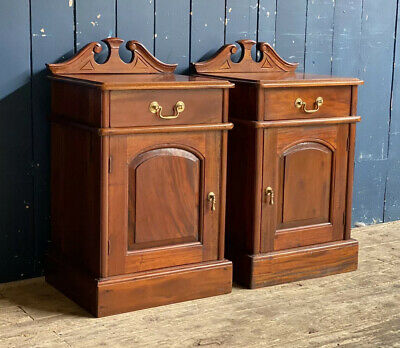 Pair Of Mahogany Antique Style Bedside Tables Cupboards • 225£