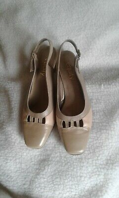 EQUITY  Ladies Shoes Size 5.0 • 4.50£