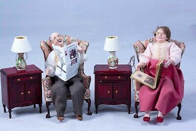 $ CDN2636.29 • Buy Dollhouse Miniatures Hand Sculpted Pair Of Older Couple Dolls W/ Porcelain Lamps
