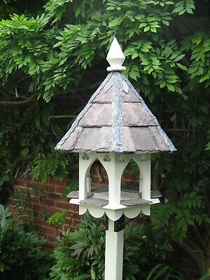 Arched Bird House / Dovecote • 395£