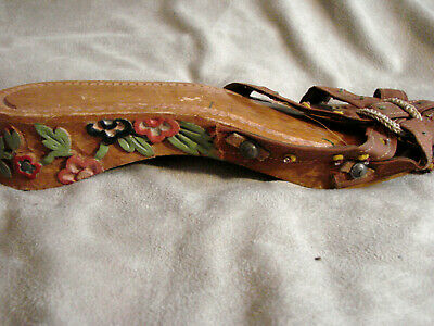 AU14.08 • Buy Vintage 40s WWII Carved Wood Shoes Sandals Floral 5.5 Beads Phillippines