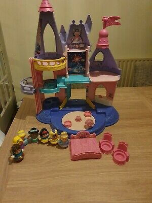 Little People Disney Castle And Characters  • 11.50£