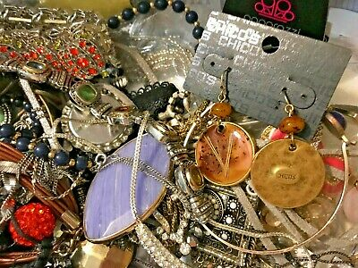 $ CDN52.05 • Buy MEGA VINTAGE NOW ESTATE JEWELRY LOT 1-2 LBS NECKLACES EARRINGS Paparazzi Chico's