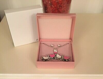 £7.50 • Buy Hello Kitty Jewellery Set With Gift Box Earrings, Necklace And Bracelet