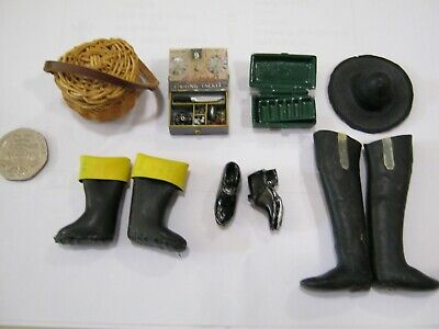 Dollshouse 1/12th. Scale Fishing Gear. Waders, Wellies, Hat, Clogs, Creel, Etc. • 30£