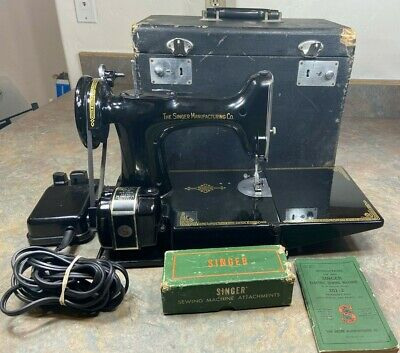 $279.99 • Buy VTG SINGER FEATHERWEIGHT 221 Sewing Machine 3-120 Case Manual Pedal 3120 READ