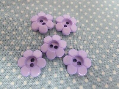 11mm And 15mm Lilac Daisy Shaped Flower Buttons In Packs Of 5, 10 Or 20 • 2.75£