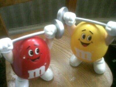 Vintage 1991 Mars Inc M&M 2 Weight-Lifter Figures, Dispenser Chocolate/Sweets • 15£